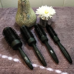 WET Epic Professional Blowout Brush Collection NEW